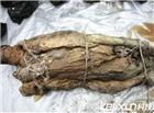 关羽墓中两具女尸图