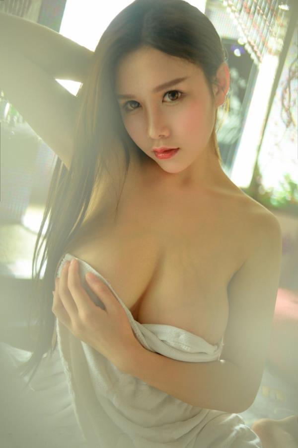 性感女神于姬Una粉嫩美胸诱惑(点击浏览下一张趣图)