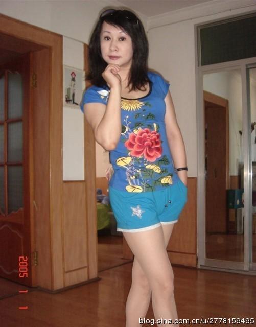 風韻飽滿徐娘圖片:50歲風韻飽滿熟女,四十歲婦女風韻照片