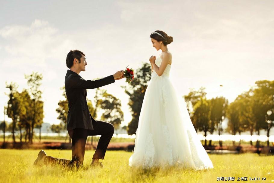 如何让你的男票给你一个浪漫的求婚(点击浏览下一张趣图)