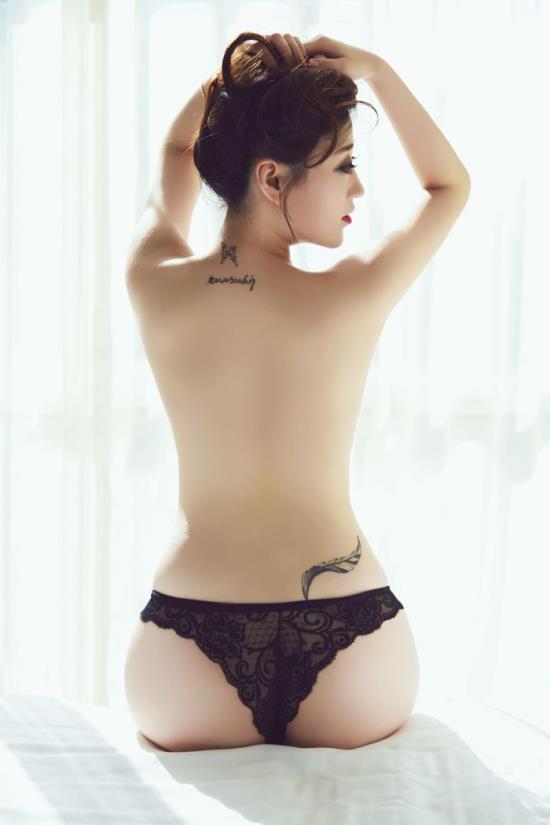 女人的46个阴暗图片:女人的精华液好处图片(点击浏览下一张趣图)