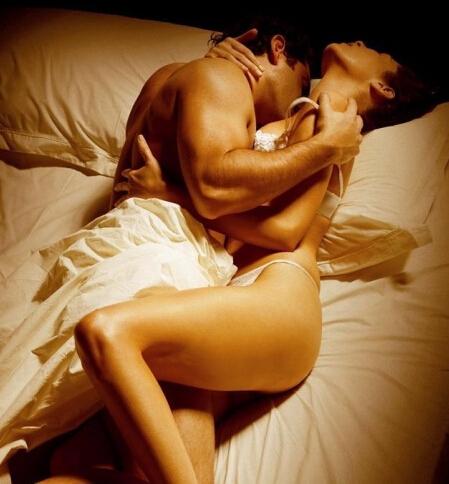 女人最喜欢男人怎样玩,女人最喜欢男人摸她那个部位(点击浏览下一张趣图)